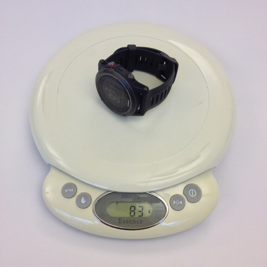 Vægten stopper på 83 gram for fënix 3, et par gram mindre end forgængeren fënix 2.