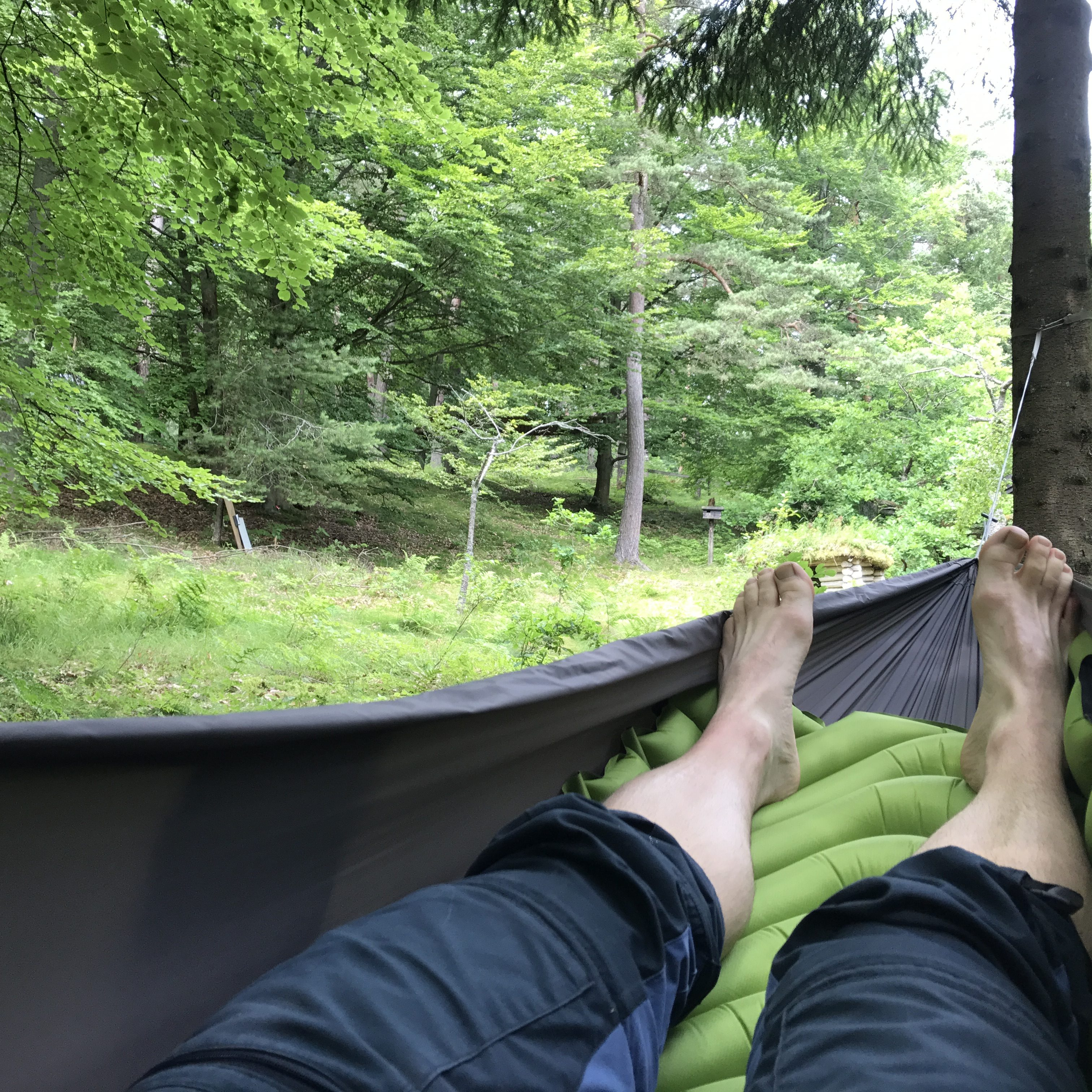 9 tips til at vælge liggeunderlag - Klymit Stacic V i Exped Travel Hammock Lite