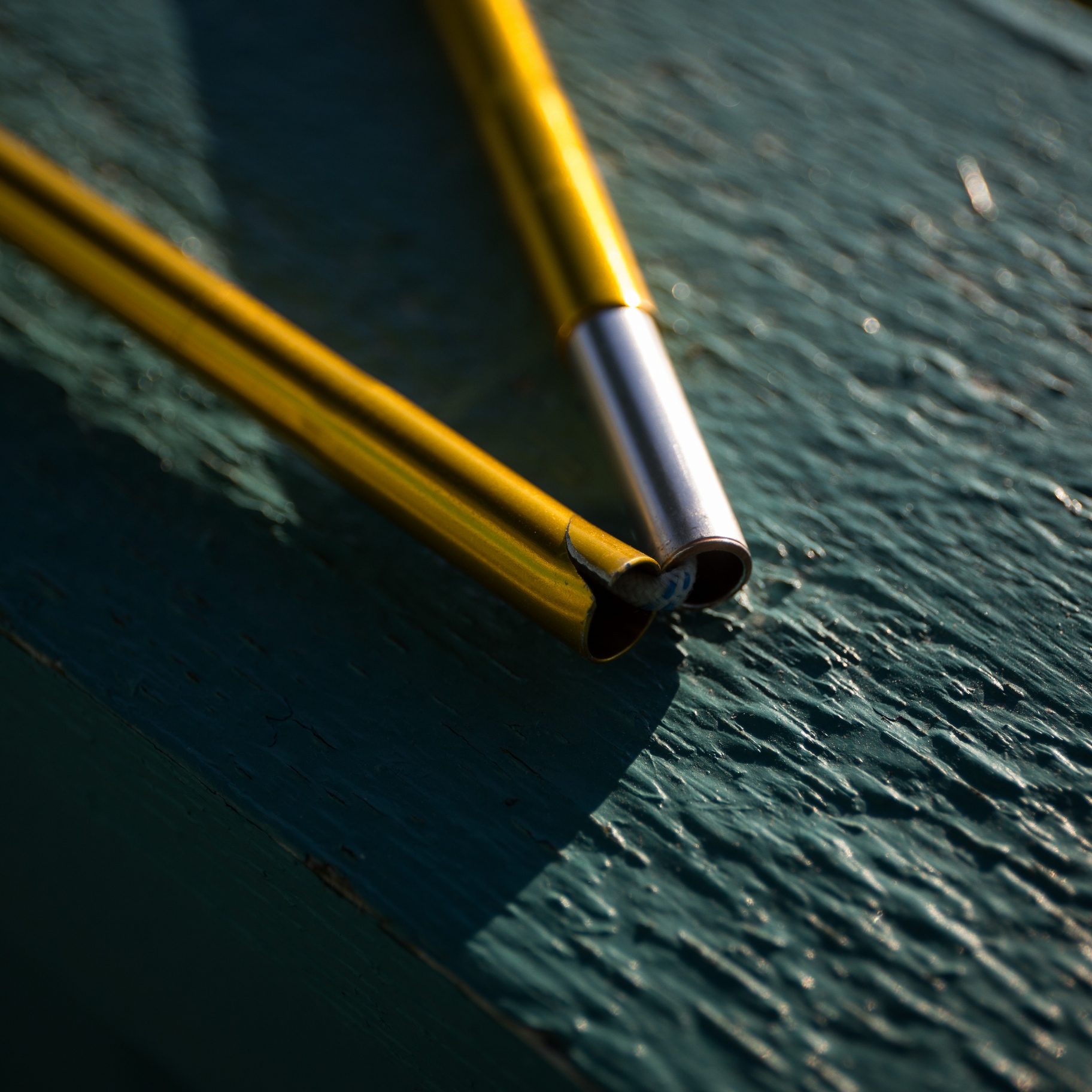 5 tips til at forlænge dit telts levetid - knækket teltstang