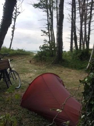 Primitiv lejrplads på turen Bornholm rundt